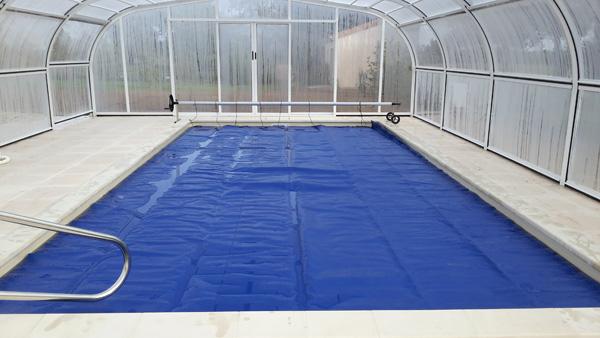 couverture bleue bâche à bulles