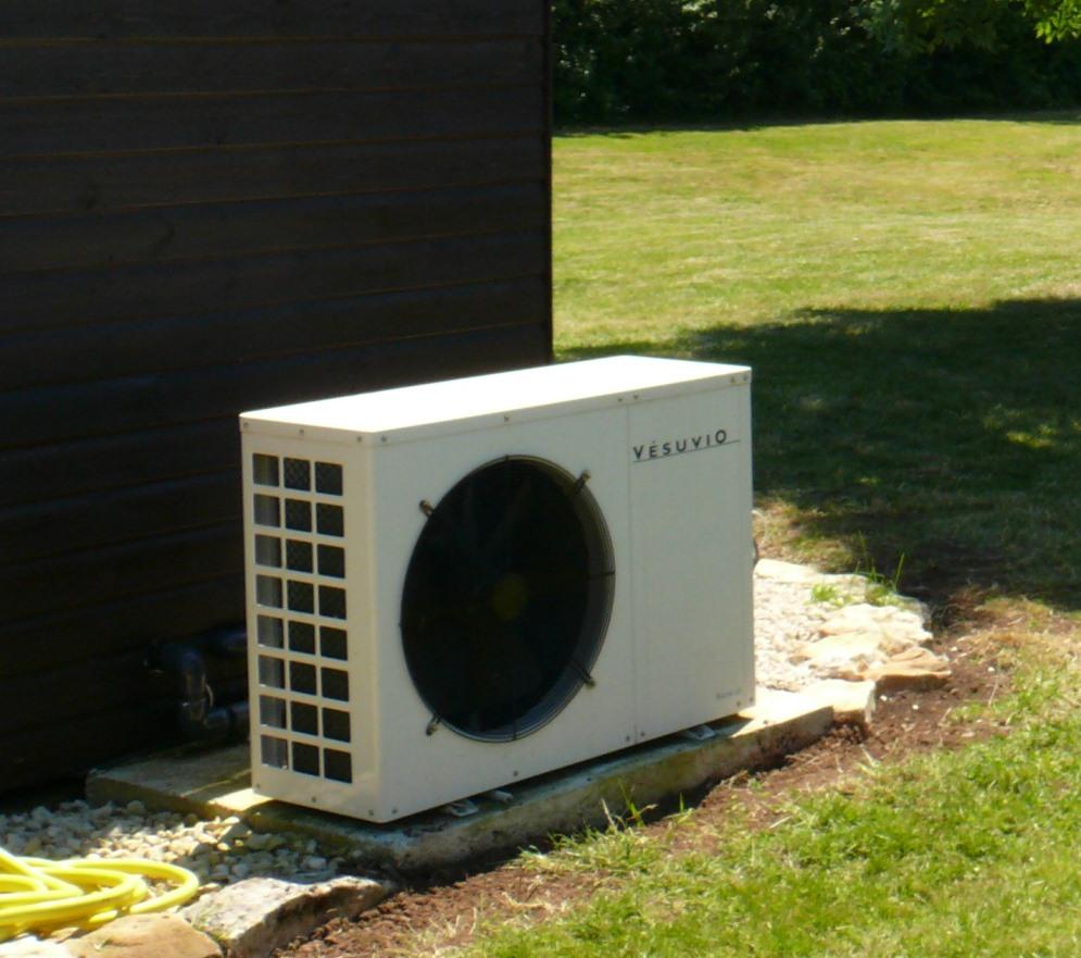 pompe chaleur vesuvio piscines desjoyaux poitiers. Black Bedroom Furniture Sets. Home Design Ideas