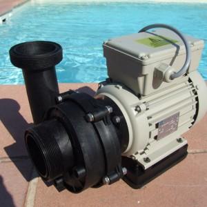 Pompe piscine P18 Desjoyaux pour la propreté de votre bassin
