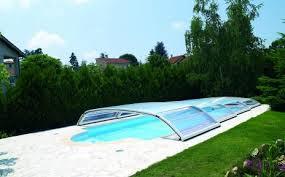 Abri piscine Desjoyaux