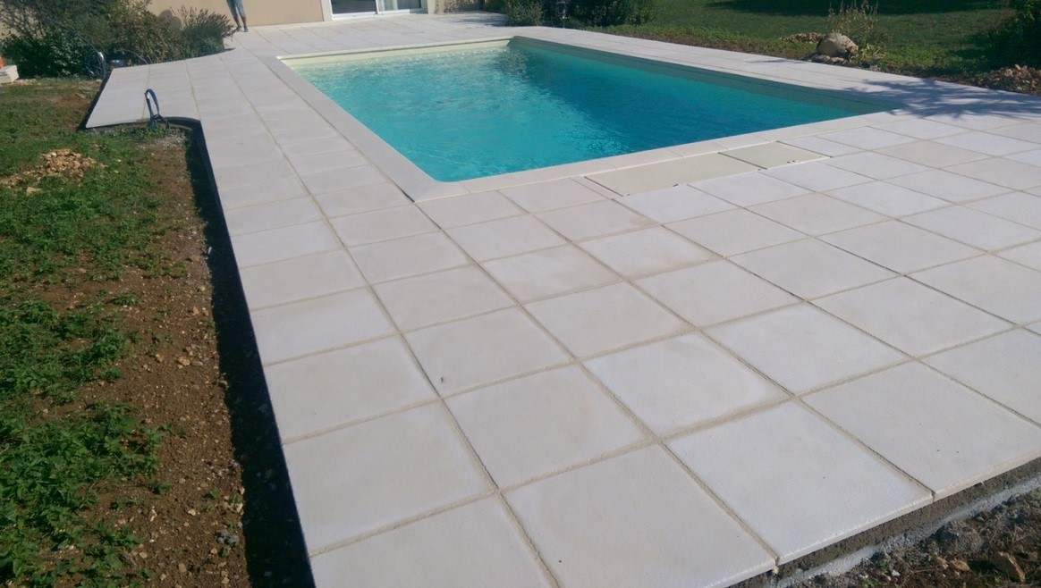 D co carrelage autour de la piscine fort de france 22 - Dalle piscine discount ...