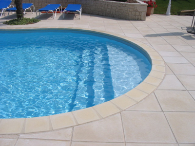 R novation de piscine changer de d cor for Constructeur piscine poitiers