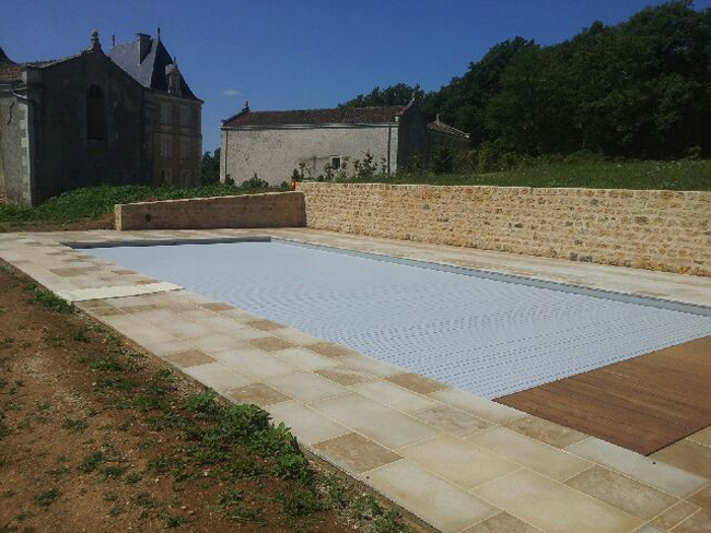 Construction piscine sur mesure b ruges 86 for Construction piscine 86