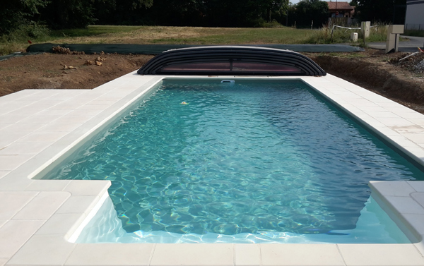 piscine design contemporaine