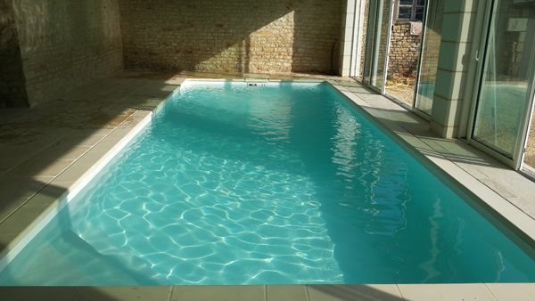 Idee piscine int rieure 20170905034330 for Construire piscine interieure