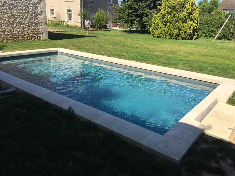 Construction piscine sur mesure vouneuil sur vienne 86 for Construction piscine 86